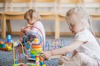 Dywany i wykładziny w przedszkolach, szkołach i żłobkach.